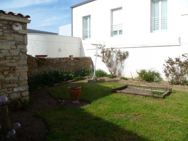 Vente maison / villa Le chateau d'oleron 210000€ - Photo 1