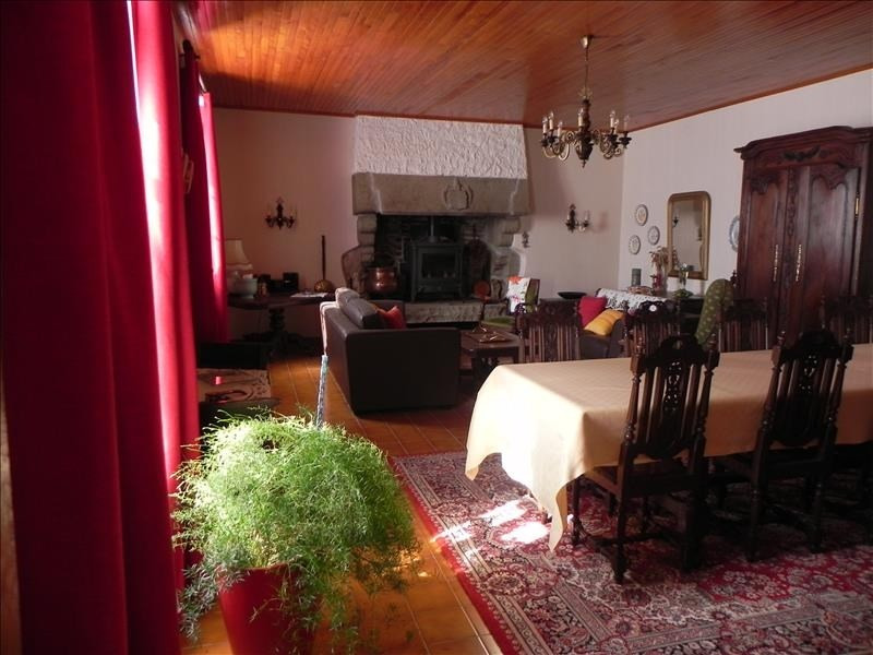 Sale house / villa Pommerit jaudy 281 205€ - Picture 10