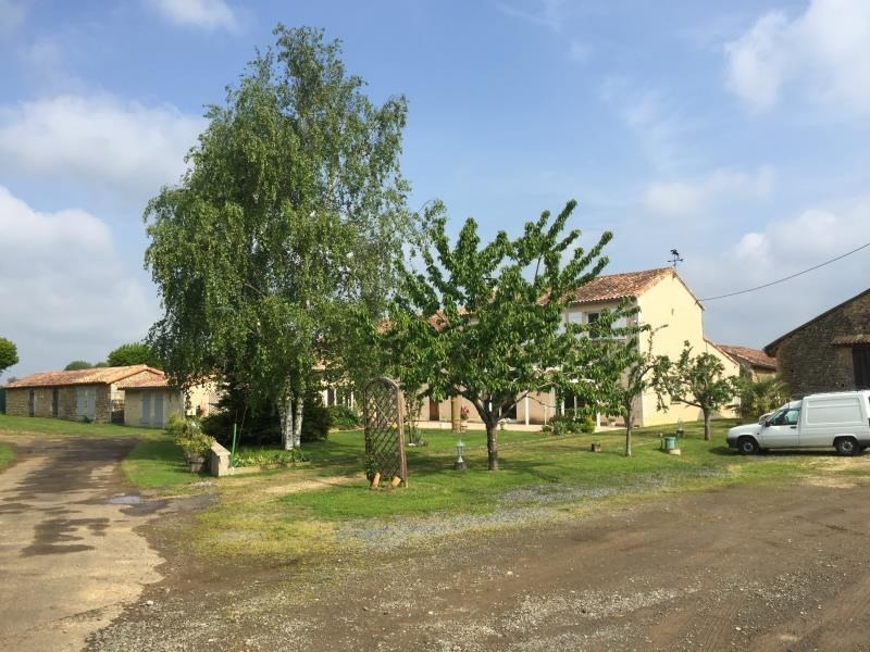 Sale house / villa Marnay 309 750€ - Picture 1
