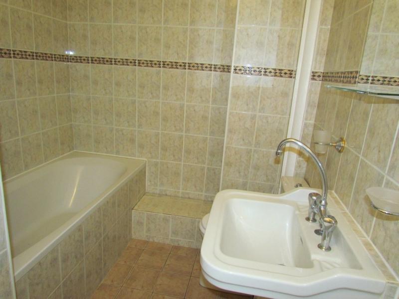Rental apartment Paris 12ème 1274€ CC - Picture 7