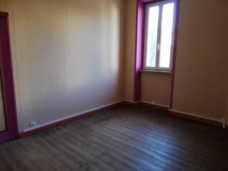 Sale house / villa Cleguerec 74300€ - Picture 8