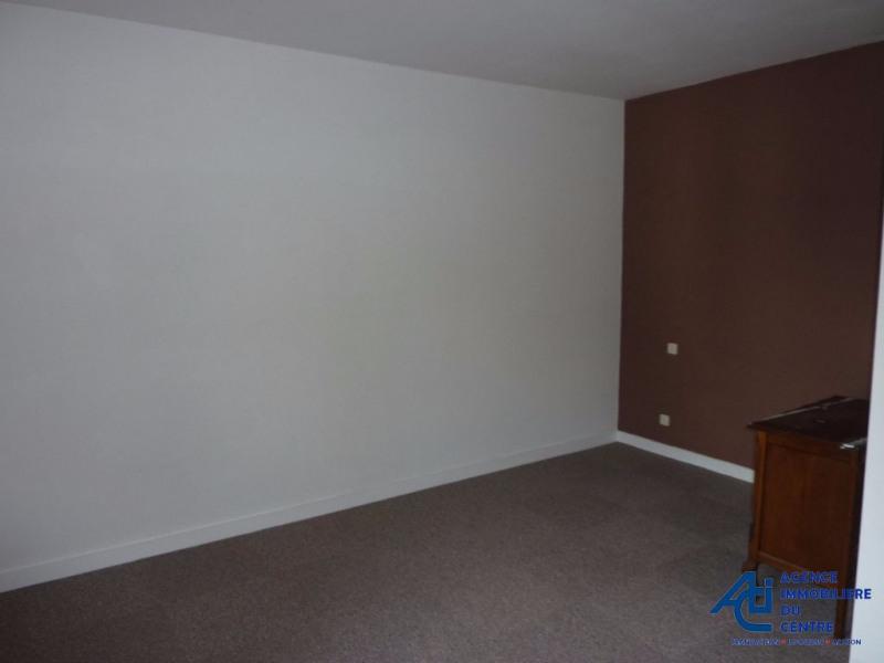 Rental apartment Pontivy 269€ CC - Picture 2