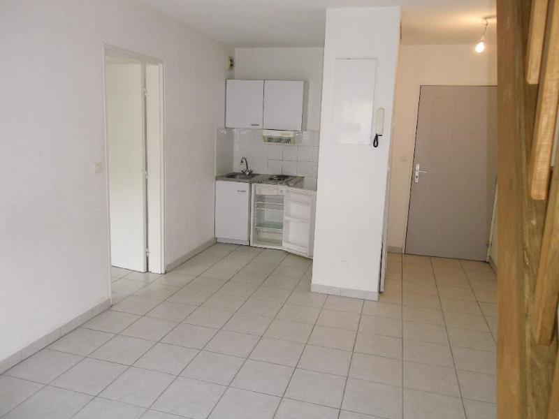 Location appartement Aix en provence 851€ CC - Photo 1