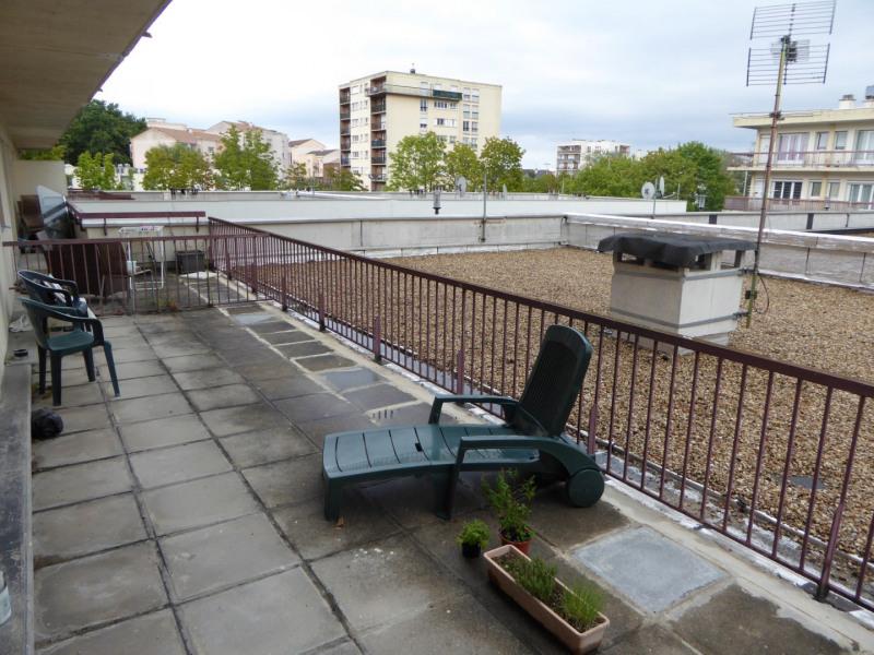Rental apartment Maurepas 742€ CC - Picture 4
