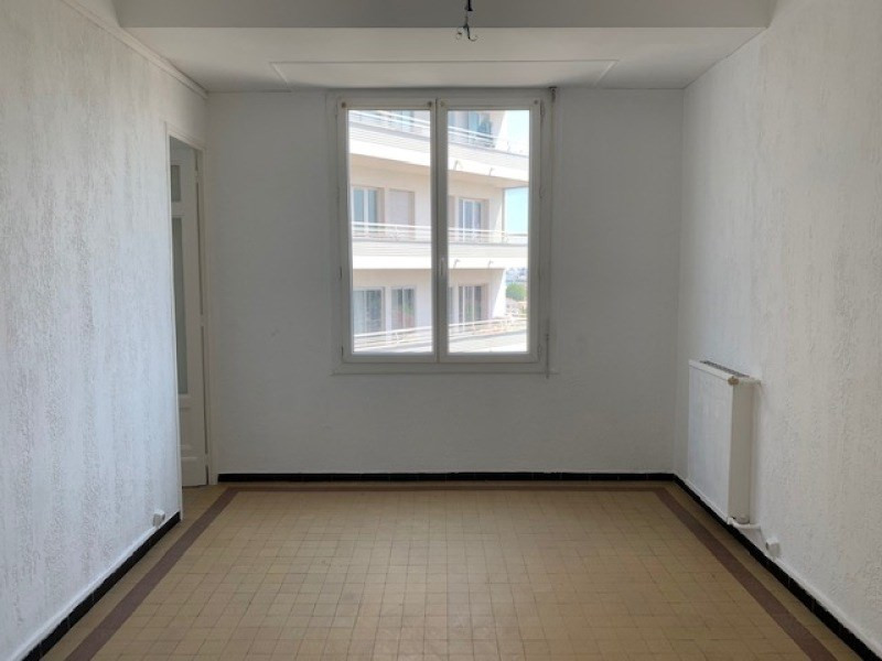 Rental apartment Toulon 480€ CC - Picture 2