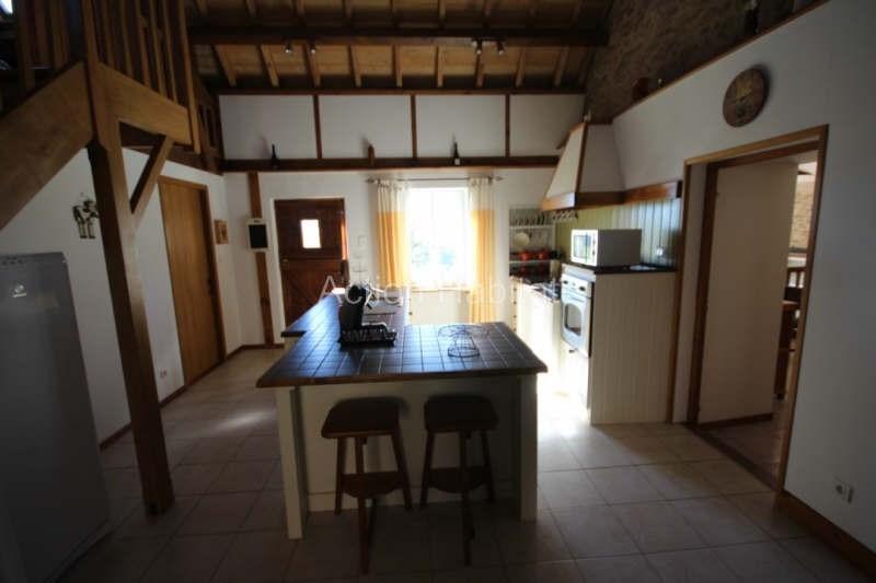 Sale house / villa La salvetat peyrales 205000€ - Picture 10