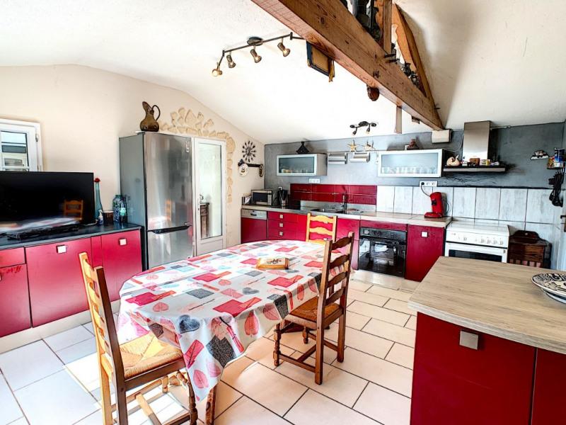 Sale house / villa Commequiers 243800€ - Picture 2