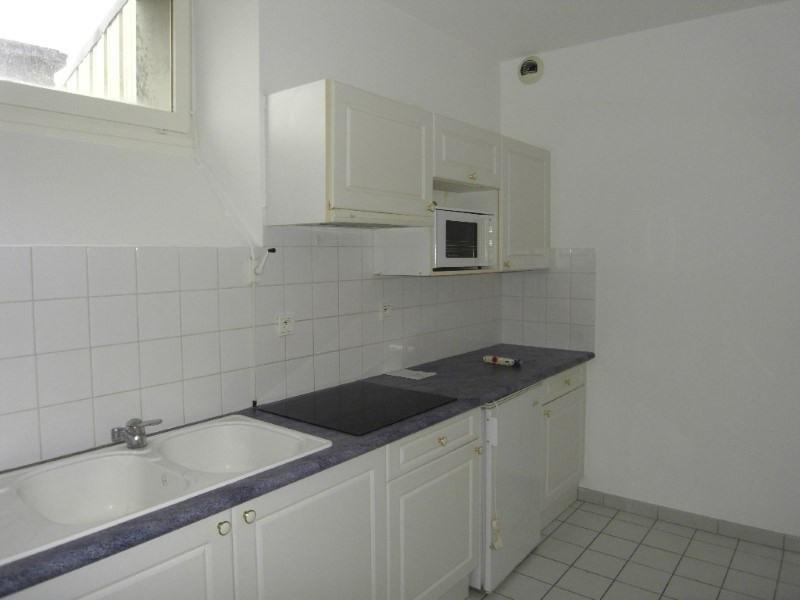 Rental apartment Cognac 650€ CC - Picture 2