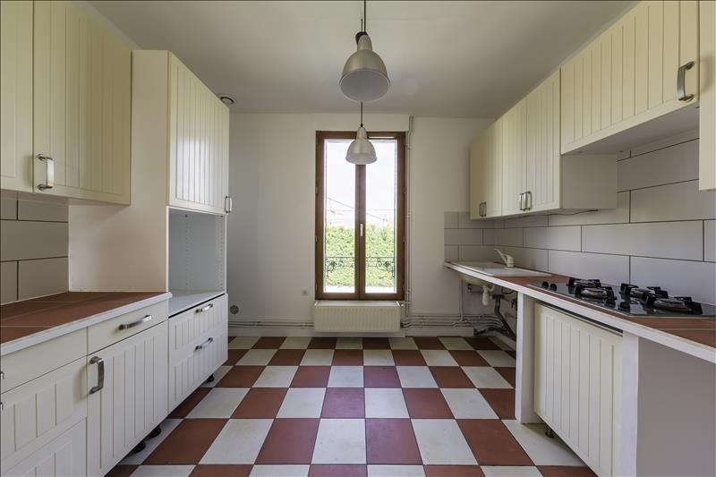 Sale apartment Villeneuve le roi 160000€ - Picture 1
