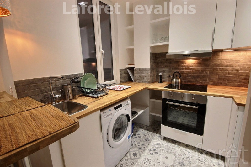 Location appartement Levallois perret 1 122€ CC - Photo 2