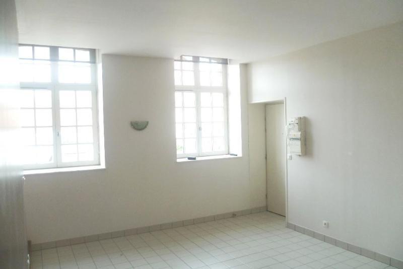 Location appartement Aire sur la lys 437€ CC - Photo 3