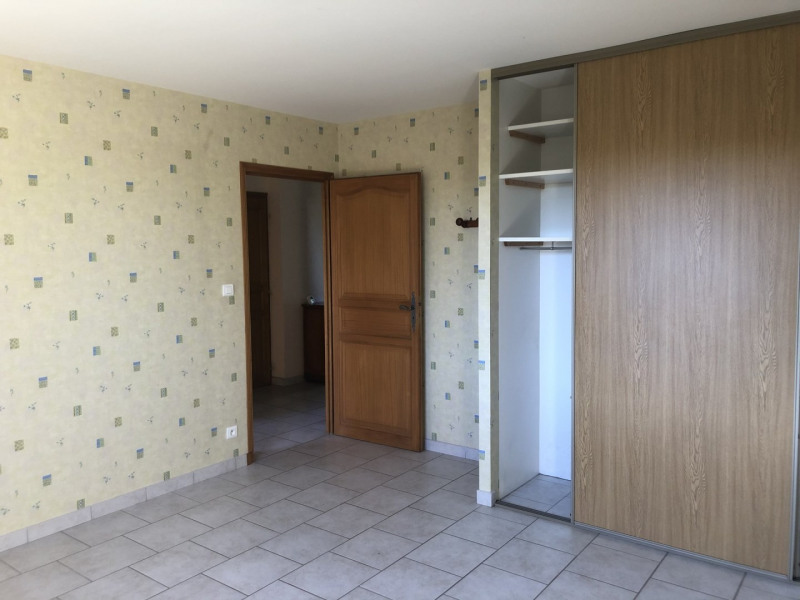 Revenda casa Montseveroux 270000€ - Fotografia 12
