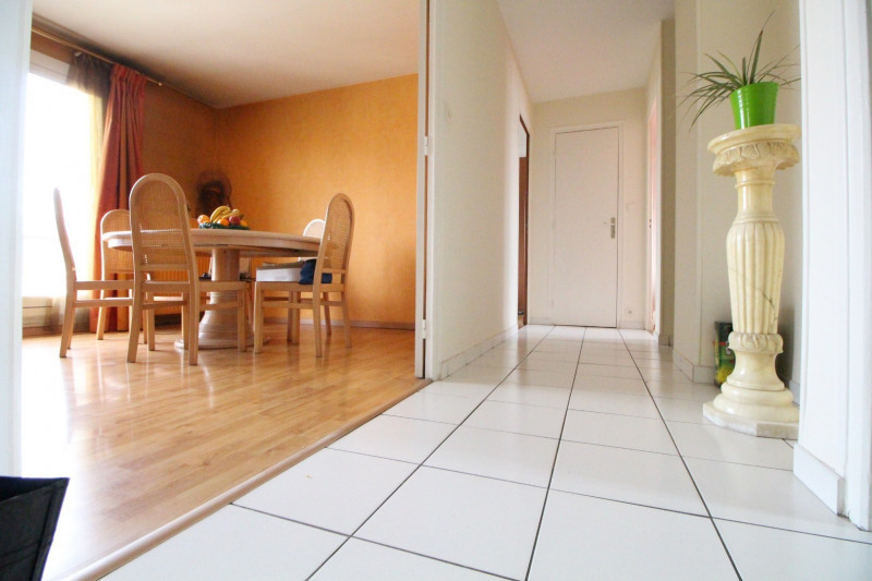 Sale apartment Grenoble 118 000€ - Picture 1