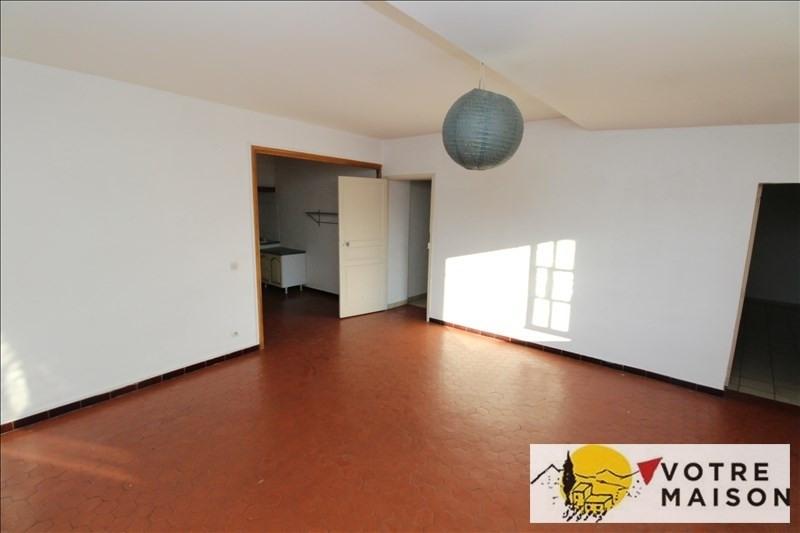 Rental apartment St chamas 600€ CC - Picture 1
