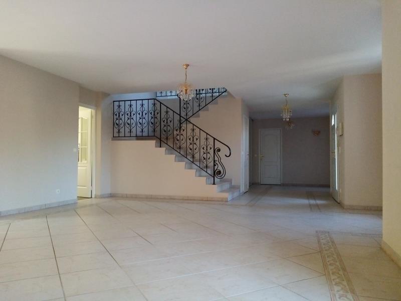 Sale house / villa Forges les bains 680000€ - Picture 4