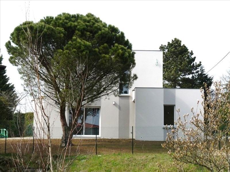 Location maison / villa Sainte consorce 1545€ CC - Photo 7