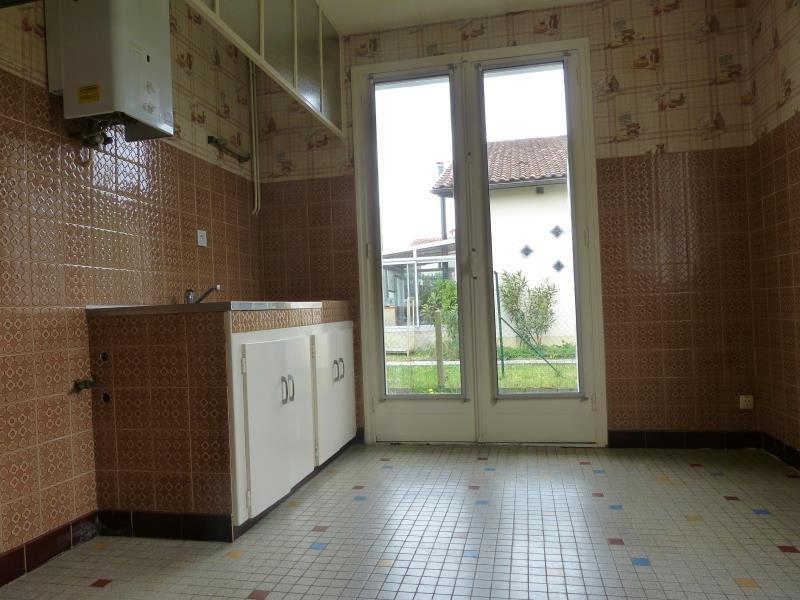 Sale house / villa Artix 140000€ - Picture 7