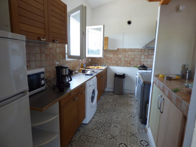 Rental apartment Aix en provence 1250€ CC - Picture 2