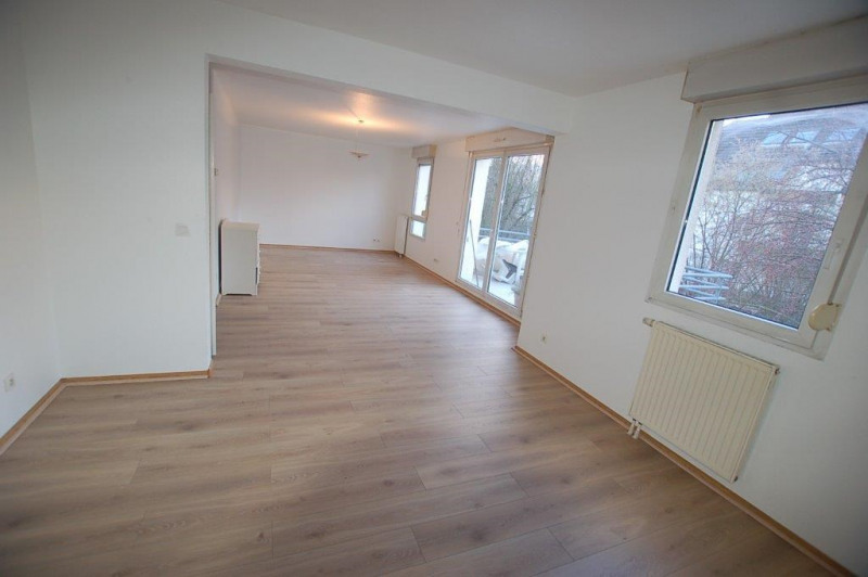 Rental apartment Strasbourg 1 050€ CC - Picture 2