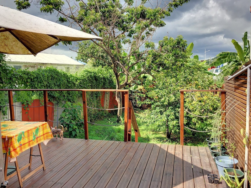 Investment property house / villa Le lamentin 224700€ - Picture 1