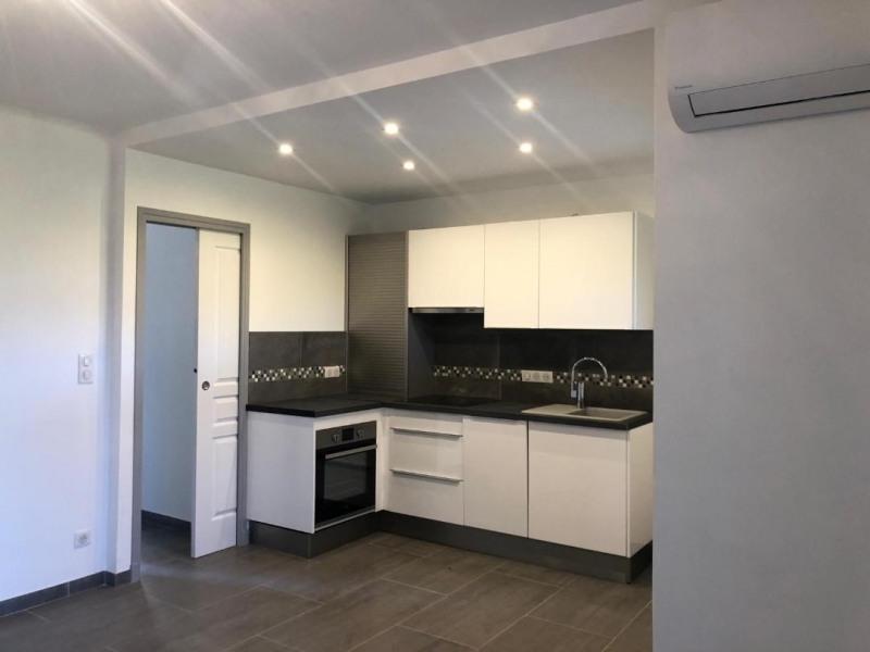 Rental apartment Cavalaire-sur-mer 880€ CC - Picture 2