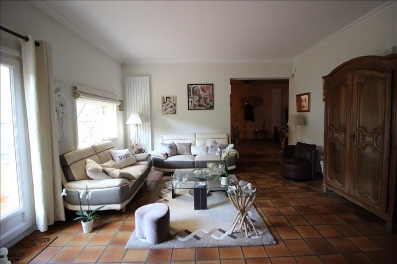 Revenda casa Aigremont 675000€ - Fotografia 3