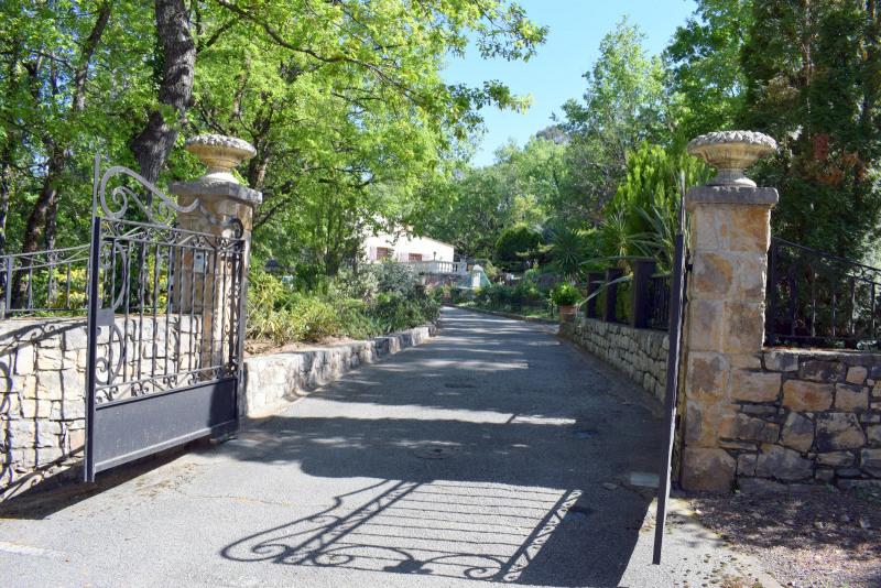 Revenda residencial de prestígio casa Fayence 695000€ - Fotografia 6