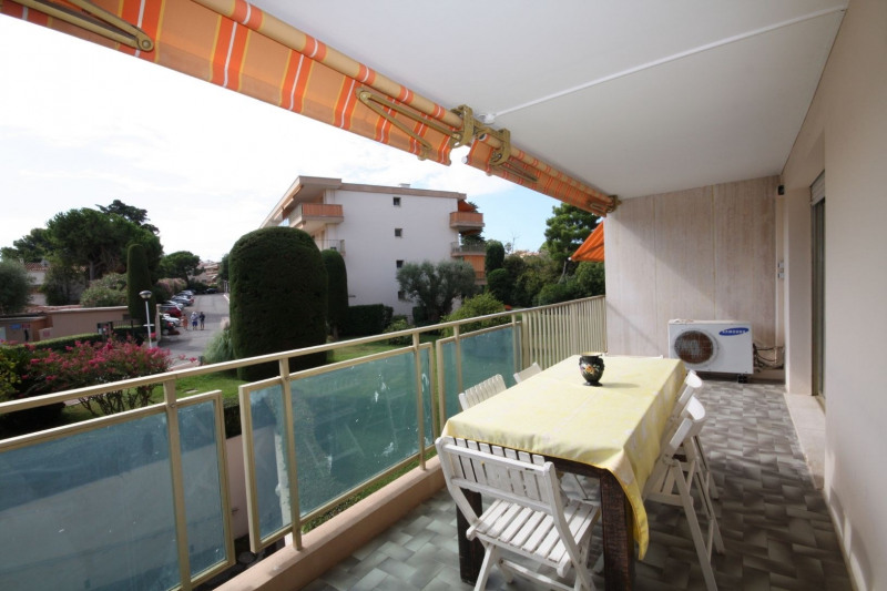 Sale apartment Antibes 440000€ - Picture 2