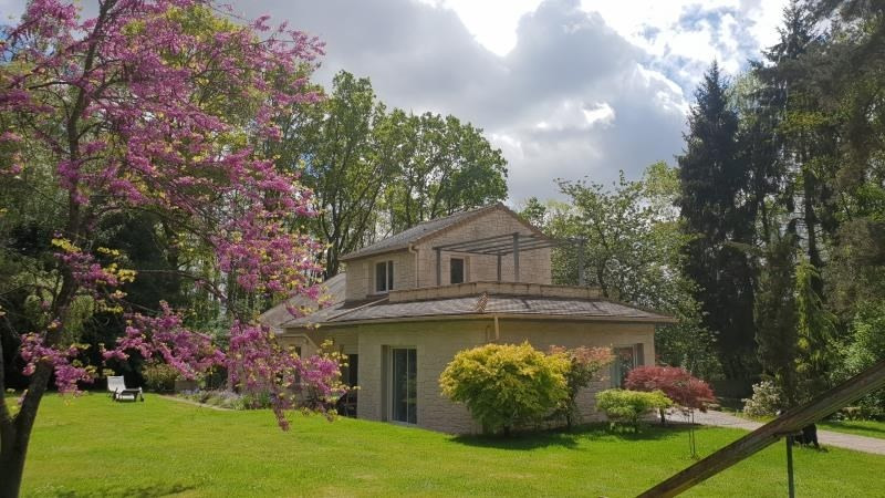 Sale house / villa Chevru 385000€ - Picture 3