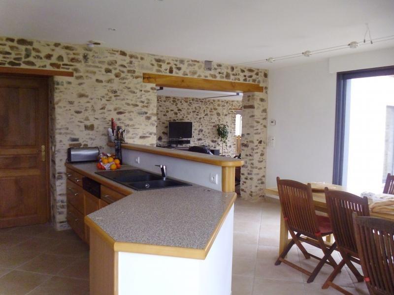 Sale house / villa St philbert de bouaine 400000€ - Picture 8