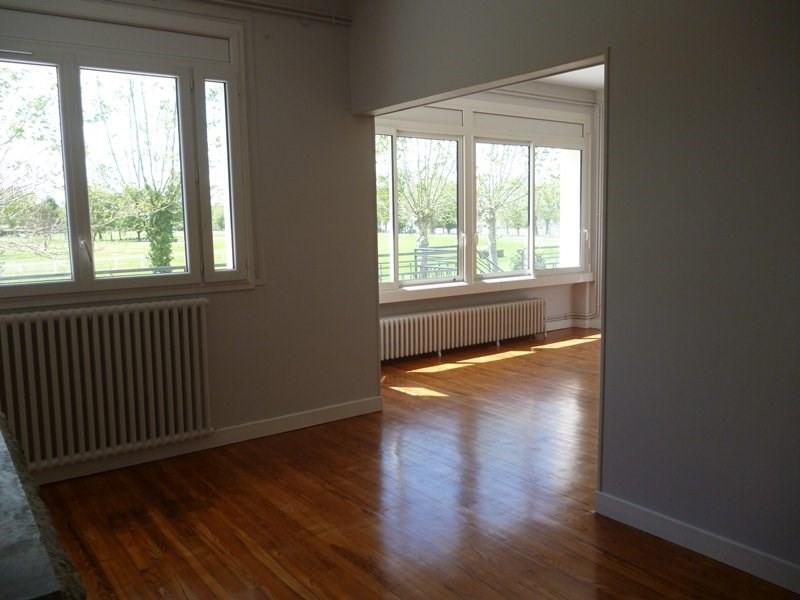 Rental apartment Laloubere 886€ CC - Picture 7