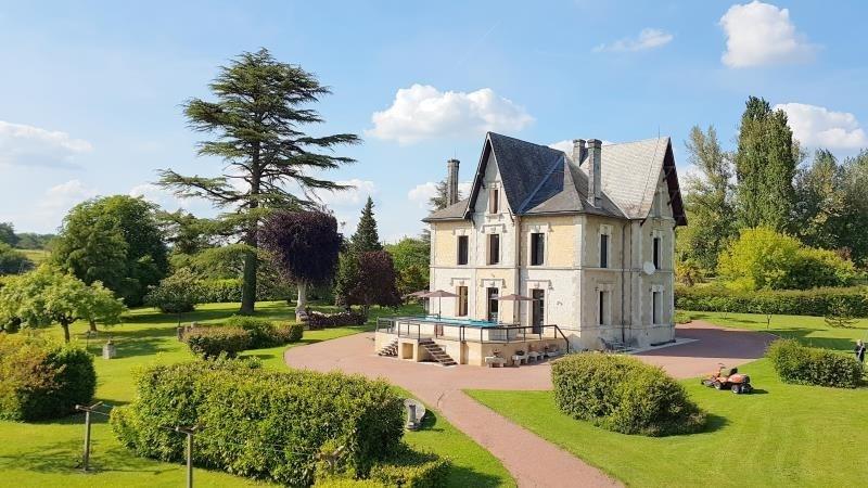 Deluxe sale house / villa Saint andré de cubzac 550000€ - Picture 1