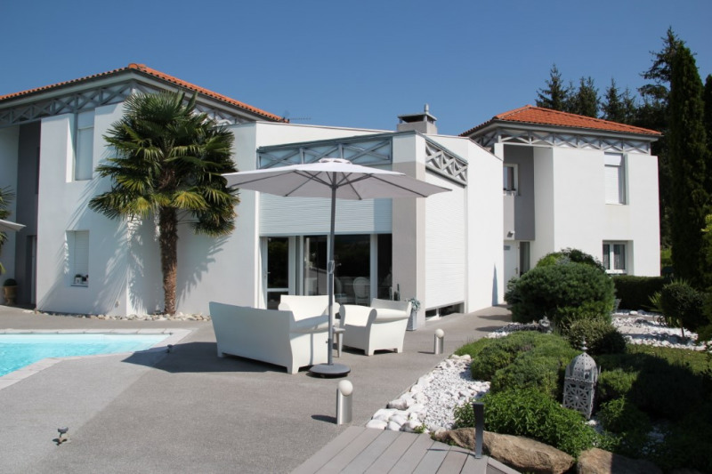 Deluxe sale house / villa Tallende 785 000€ - Picture 2