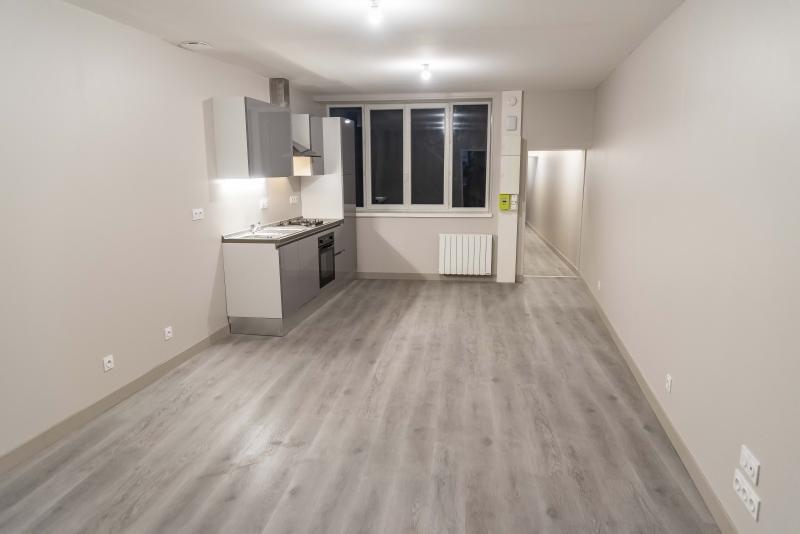 Location appartement Nantua 520€ CC - Photo 1