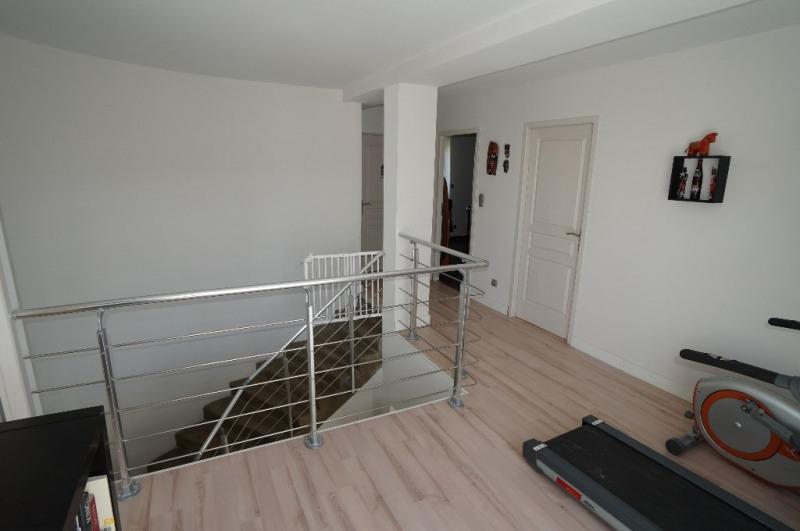 Sale house / villa Reventin vaugris 416000€ - Picture 6