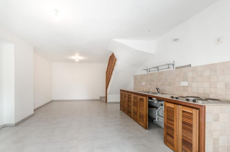 Sale apartment Saint pierre 140000€ - Picture 2