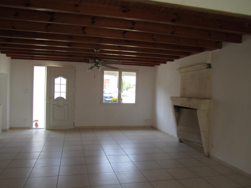 Sale house / villa Barbezieux saint-hilaire 161 200€ - Picture 4