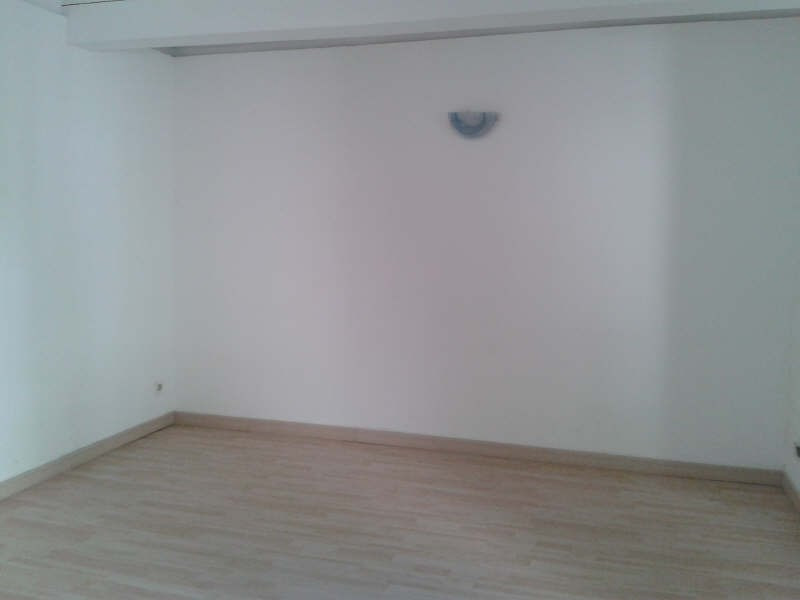 Rental apartment Nimes 390€ CC - Picture 9