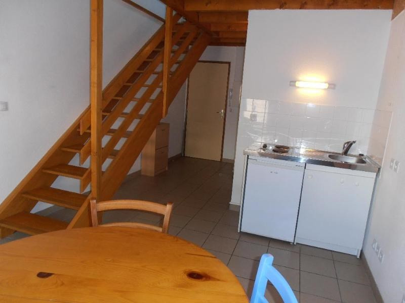 Rental apartment Nantua 327€ CC - Picture 1