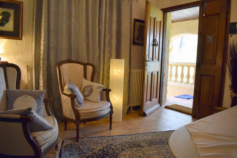 Revenda residencial de prestígio casa Fayence 695000€ - Fotografia 12
