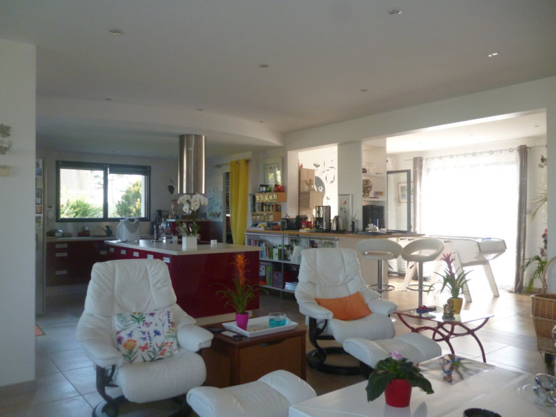 Sale house / villa Plouhinec 514100€ - Picture 3