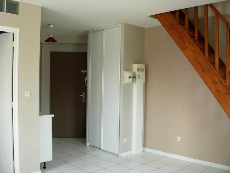 Sale apartment Saint-michel-sur-orge 140000€ - Picture 2