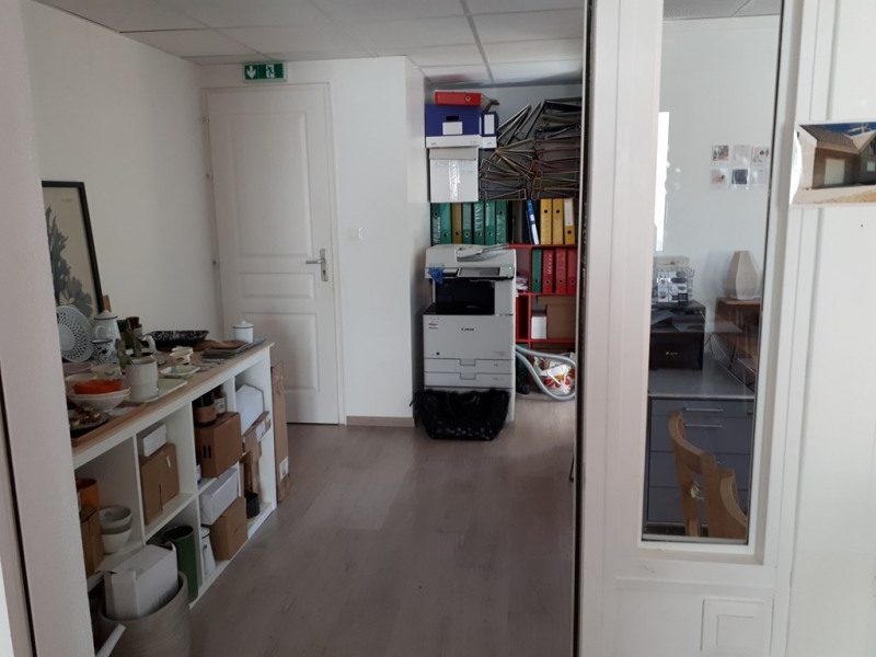 Rental office Annecy 766€ CC - Picture 5