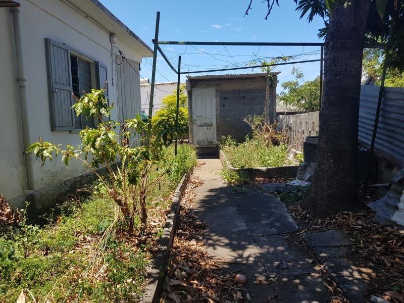 Sale house / villa Le port 175000€ - Picture 7