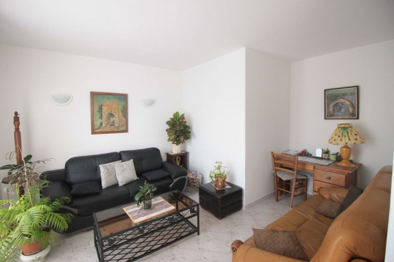 Sale apartment Marseille 10ème 167000€ - Picture 1