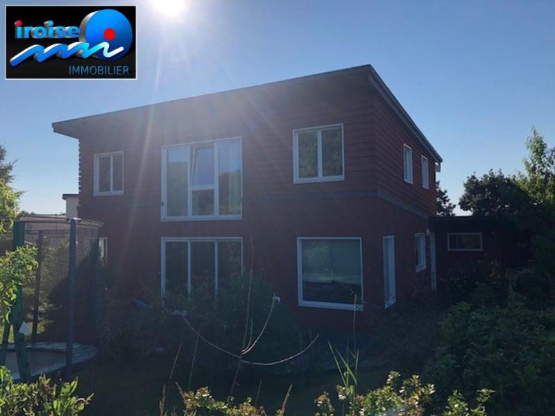 Deluxe sale house / villa Brest 399500€ - Picture 1