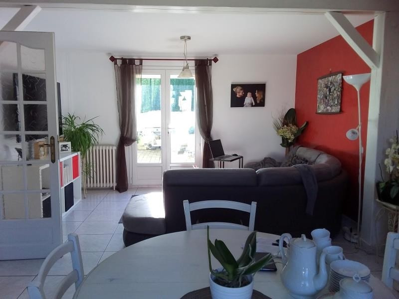 Sale house / villa Chambly 270300€ - Picture 2