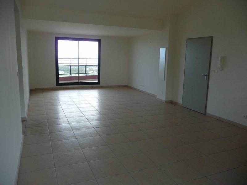 Location appartement La possession 804€ CC - Photo 4