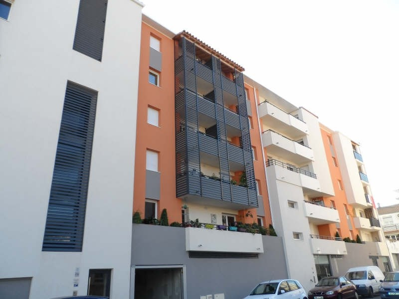 Location appartement Sete 518€ CC - Photo 1