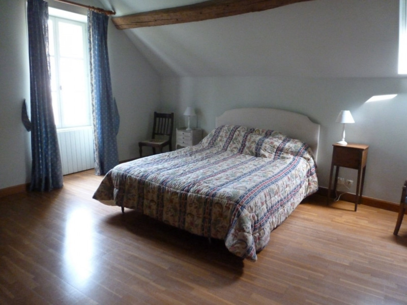 Location maison / villa Fontaine chaalis 1 350€ CC - Photo 4